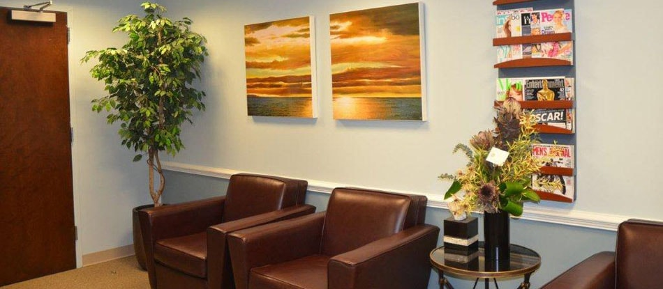 The waiting room of Burke Centre Dental Arts, a dental office in Burke, VA